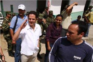 A pesar de que Vargas Lleras no ha anunciado publicamente su candidaura, desde finales del año pasado recorre el país y se reúne con líderes locales aceitando la maquinaria política.